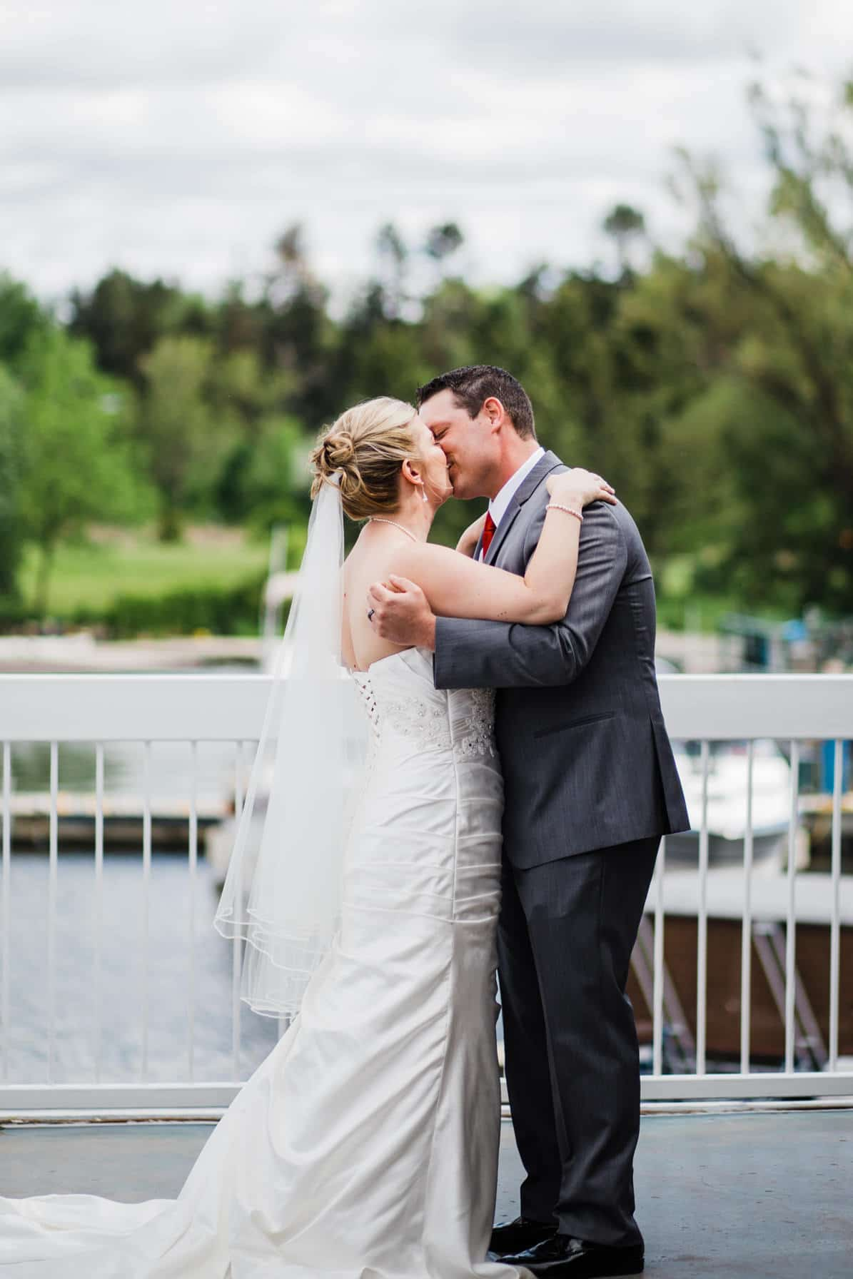 Lago Bar and Grill Wedding - First Kiss