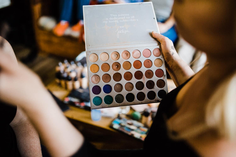 makeup artist eyeshow kit bark lake wedding